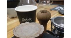 Эспрессо с фильтром для Аэропресса над и под кофейной таблеткой